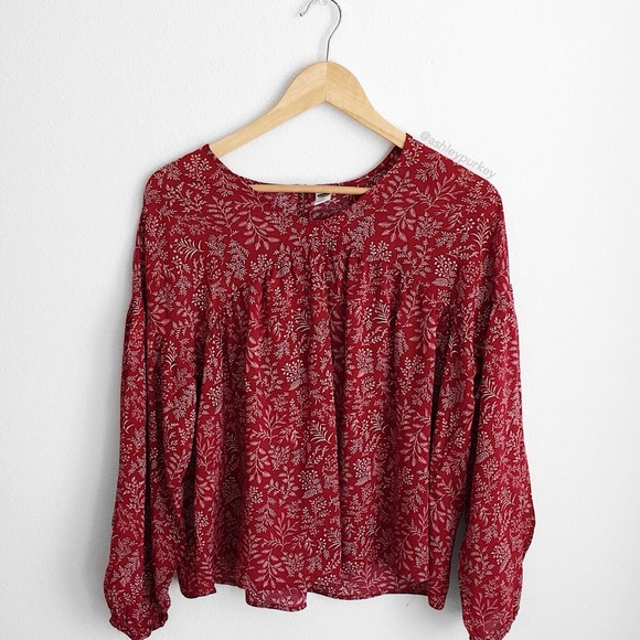 e47d9acb437d7 Old Navy Tops | Clearance Red Floral Flowy Long Sleeve Top | Poshmark